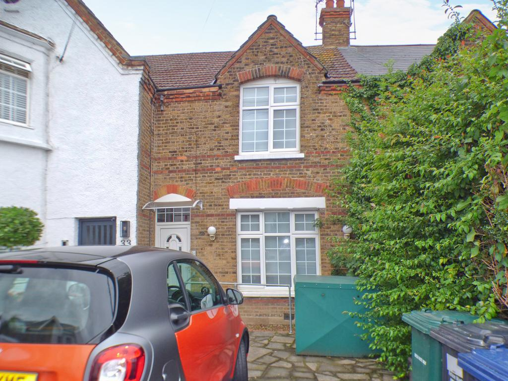 Spacious Two Bedroom Cottage