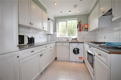 5 bedroom detached house to rent - Nightingale Shott, Egham, Surrey, TW20