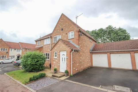 3 bedroom semi-detached house to rent - Bakers Ground, Stoke Gifford, Bristol, BS34