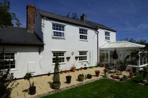 3 bedroom farm house for sale - Threeburrows,Truro