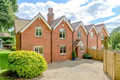 4 bedroom semi-detached house for sale - Cumber Cottages, Newtown Common, Newbury, Hampshire, RG20