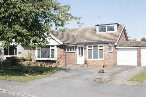 4 bedroom detached house to rent - Camley Gardens, Maidenhead