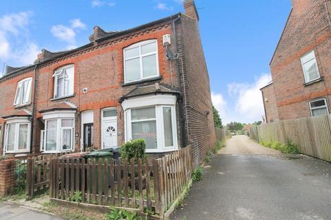2 bedroom terraced house to rent - Ramridge Road, Luton
