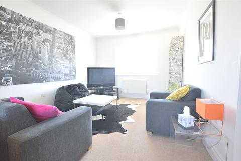 2 bedroom flat for sale - Ft 7 Falcon Court, Falcon Road, Walton Cardiff, TEWKESBURY, Gloucestershire, GL20 7TT