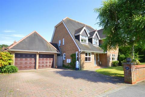6 bedroom detached house for sale - Heathcote, Tadworth