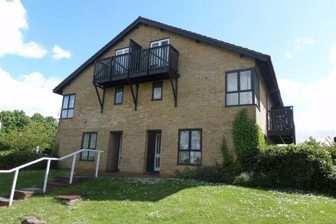 Studio to rent - Ramsthorn Grove, Walnut Tree, Milton Keynes, MK7