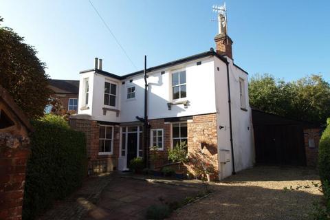 2 bedroom detached house to rent - Vicarage Road, Henley-On-Thames