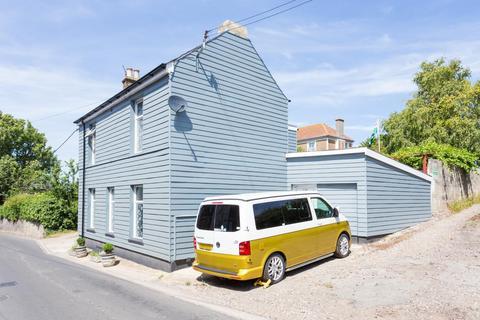 4 bedroom detached house for sale - St. Richards Road, Deal