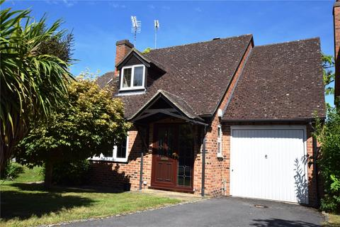 3 bedroom detached house for sale - Hermits Close, Burghfield Common, Reading, Berkshire, RG7
