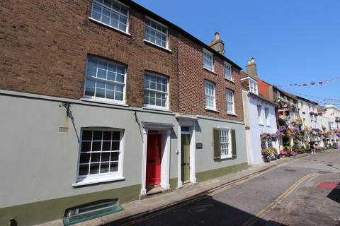 2 bedroom townhouse for sale - Beach Street, Deal, CT14