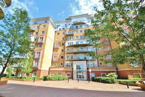 2 bedroom flat for sale - Winterthur Way, Basingstoke, Hampshire, RG21 7UE