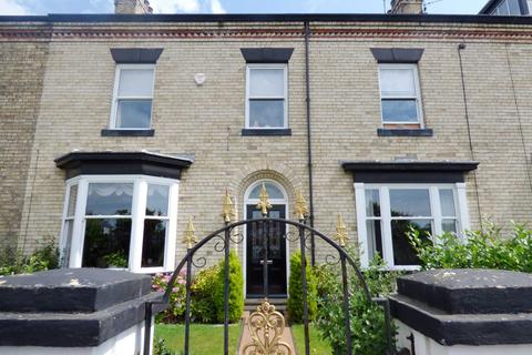 5 bedroom townhouse for sale - Nelson Terrace, Redcar