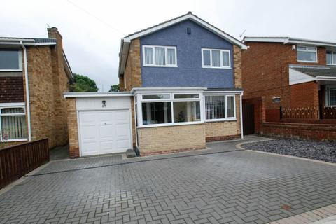 3 bedroom detached house for sale - Meldon Avenue, South Shields