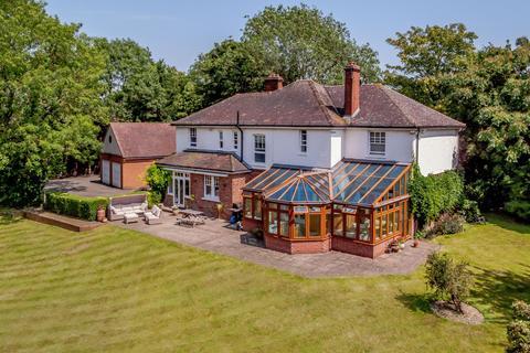 4 bedroom detached house for sale - Manor Road, Bexley, DA5 3LX