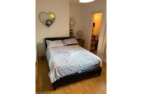 1 bedroom flat to rent - Finchley Road, St John's Wood