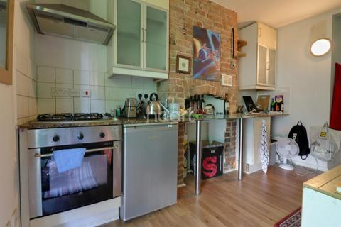 Studio for sale - Flat 2,Bower Place,Maistone