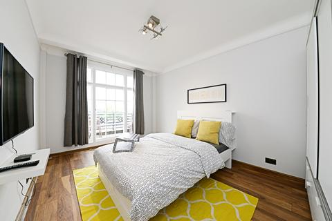 2 bedroom flat to rent - Ivor Court, Gloucester Place, London, NW1