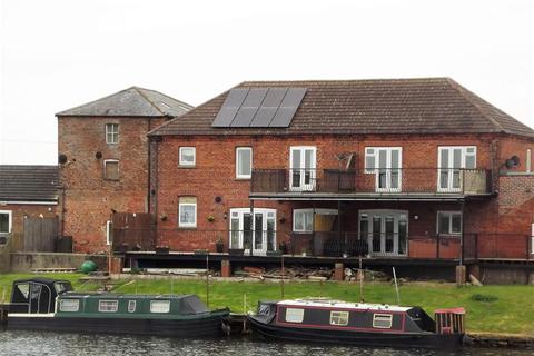 2 bedroom flat to rent - Dogdyke, Lincoln, LN4 4UU