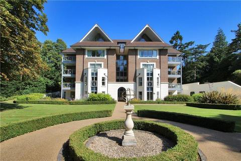 2 bedroom flat for sale - Burlington Place, Kincraig Drive, Sevenoaks, Kent, TN13