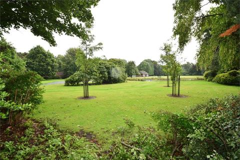 3 bedroom semi-detached house for sale - Walton Road, SALE, Cheshire