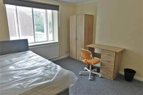 5 bedroom end of terrace house to rent - Berkeley Close, Southampton