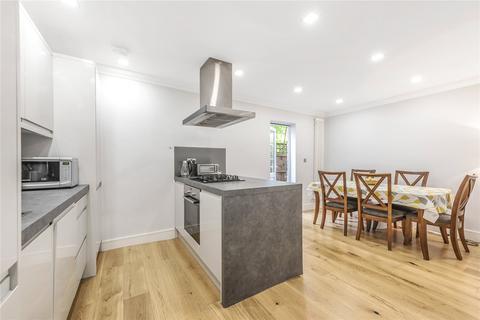 2 bedroom maisonette for sale - Finsbury Road, London, N22