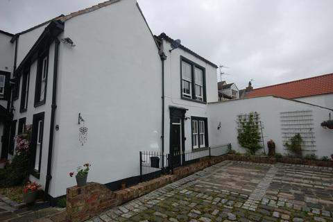 2 bedroom ground floor flat for sale - 4 Kings Lodge, 22 Market Place
