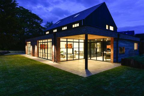 5 bedroom detached house for sale - Church Walk, Charlton Kings, Cheltenham