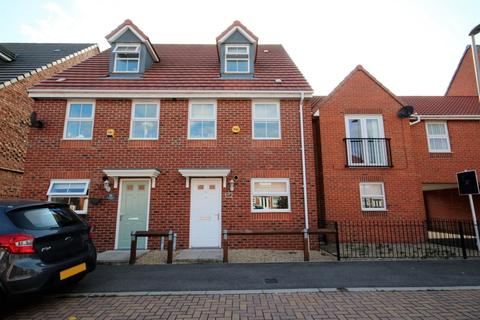3 bedroom townhouse for sale - Brian Honour Avenue, Headway, Hartlepool