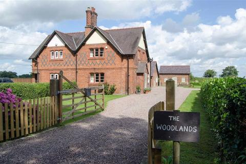3 bedroom semi-detached house for sale - Old Lane, Pulford, Chester, Chester