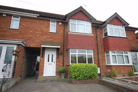 2 bedroom terraced house to rent - Denham