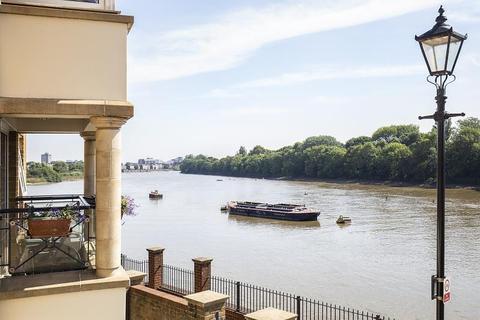 2 bedroom apartment to rent - Regency Quay, Chiswick, W4