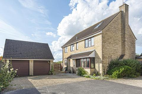 5 bedroom detached house to rent - The Cursus, Lechlade, GL7