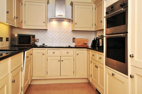1 bedroom apartment to rent - Turners Hill Road, Worth