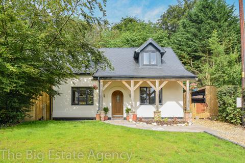 4 bedroom detached house for sale - Ruthin Road, Cadole, CH7