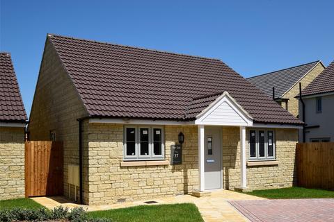2 bedroom detached bungalow for sale - Plot 37, Blunsdon Meadow, Swindon, SN25 4DN