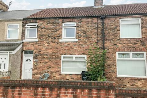 3 bedroom flat for sale - Milburn Road, Ashington, Northumberland, NE63 0PJ