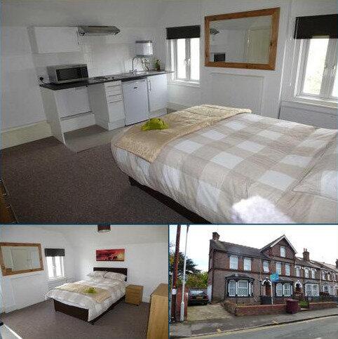 1 bedroom house share to rent - Hamilton Road, Reading