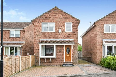 3 bedroom detached house for sale - Lancaster Way, Rawcliffe, York