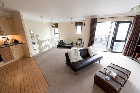 2 bedroom apartment to rent - The Pinnacle, The Ropewalk, Nottingham, NG1 5AG