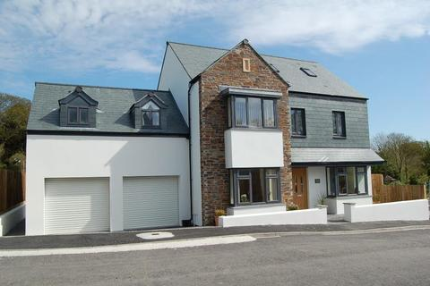 5 bedroom detached house to rent - Mawnan Smith, Falmouth