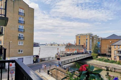 1 bedroom apartment for sale - Lockview Court Narrow Street Limehouse