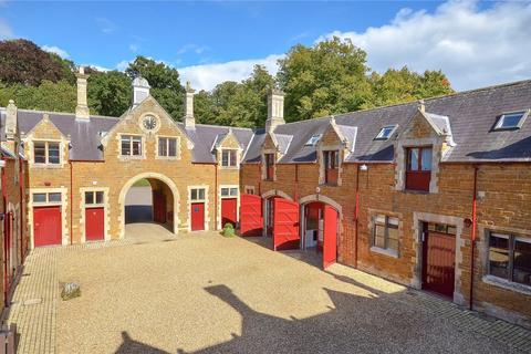 Property to rent - Northampton, Northamptonshire
