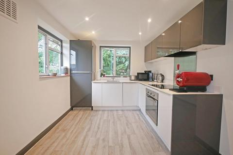 2 bedroom maisonette to rent - Gilmore Close, Ickenham