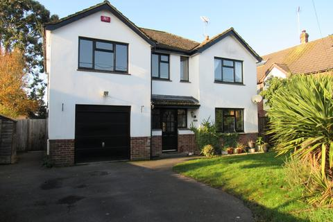 5 bedroom detached house to rent - Fairlie Park, Ringwood