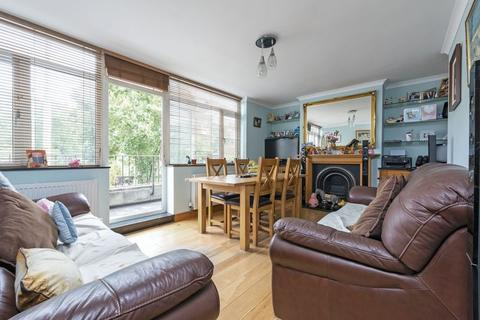 3 bedroom apartment for sale - Wandsworth Road, SW8