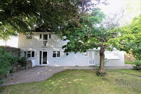 3 bedroom detached house to rent - 25 Conway Road, Paignton