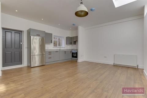 1 bedroom house to rent - Station Road, Winchmore Hil