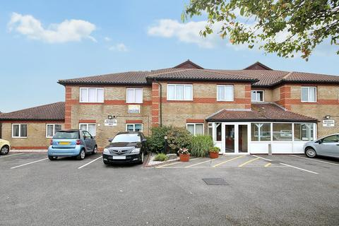 2 bedroom apartment for sale - Freshbrook Road, Lancing