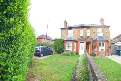 1 bedroom house to rent - Bourne End